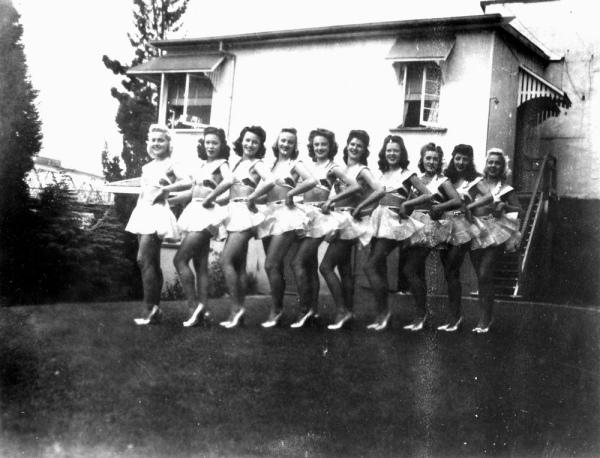 Chorus line the Soubrettes at the Cremorne Theatre, South Brisbane ca 1944